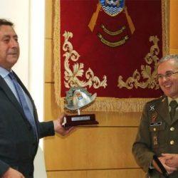 Alfonso Ussía, 'líder valeroso' de la infantería mecanizada