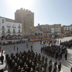 La R.H. de Veteranos de las FAS y G.C.  celebra en Cáceres el XX Dia del Veterano